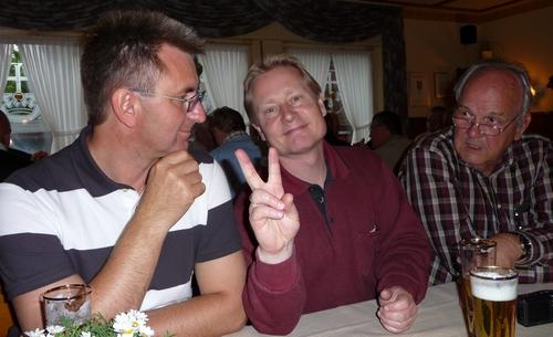 Peter Mahnke, Martin Krömer und Hans-Joachim Belzer im Gasthof Schmidt